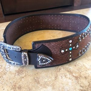 Ladies S/M brown leather western belt with bling